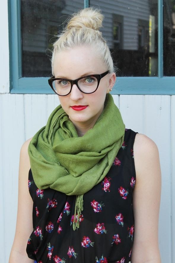 Monture lunette yeux verts